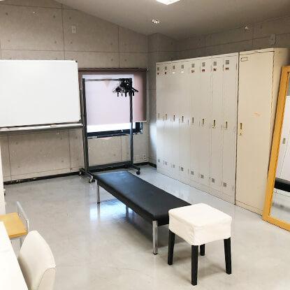 C-1スタジオ(3F体育倉庫)